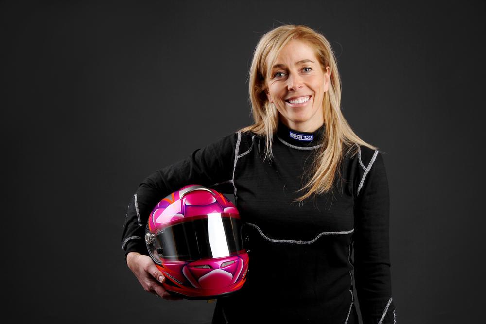 Crystel Charest : Qui est la seule femme pilote en série Super Production Challenge ? | PolePosition.ca