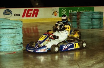 Retour dans le passé - Karting au Centre Molson 2000